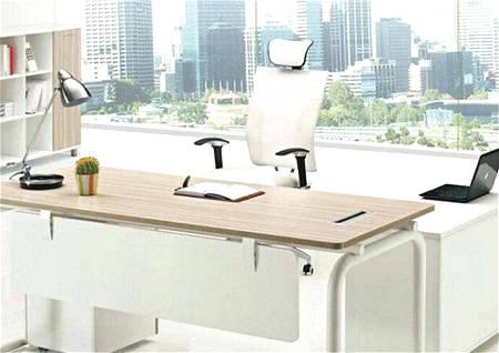 办公桌对大门风水.jpg