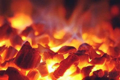 炉中火命的女人命好不好