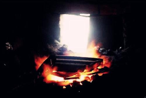 炉中火命是什么意思