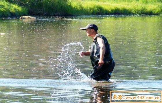 水型人运势如何