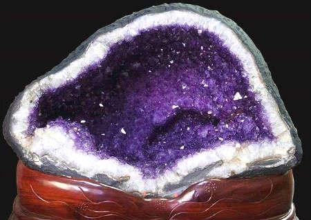 紫水晶洞的风水作用