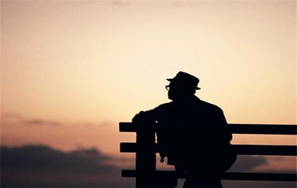 什么八字的人老来孤独