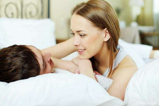 床上很厉害的女人八字