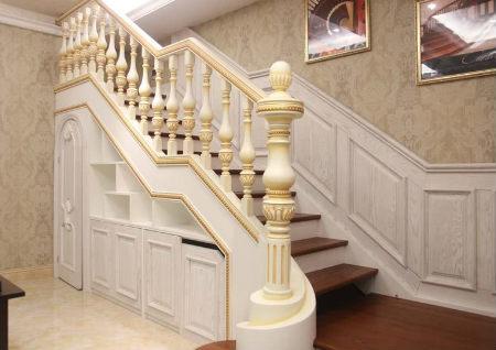 进门见楼梯风水好吗