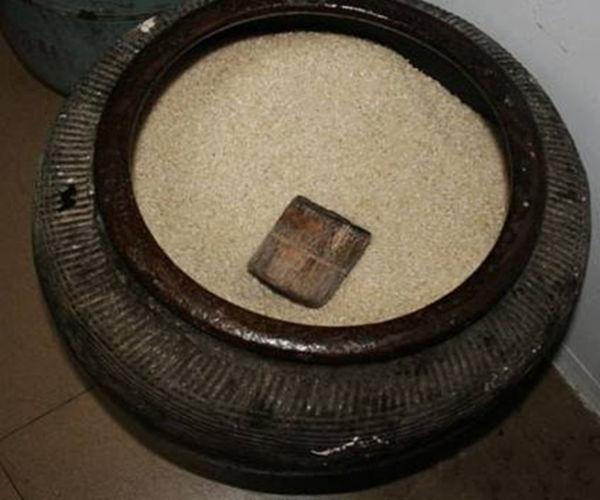米缸摆在家中哪里可以招财