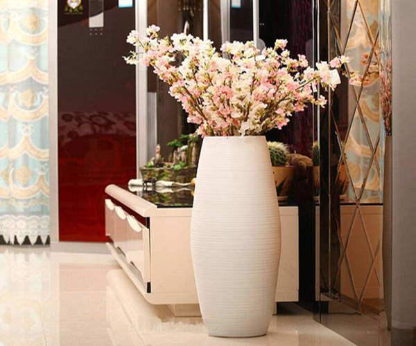 客厅花瓶的摆放讲究