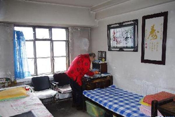 根据风水学合理的布置老人卧室