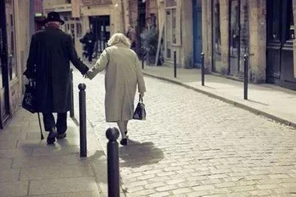 如何从八字看两人的夫妻缘分