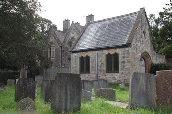 房屋后面有坟墓的化解方法