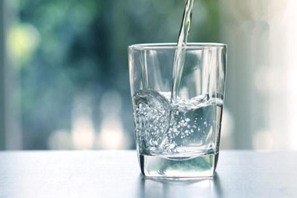 八字缺水的人有何特征