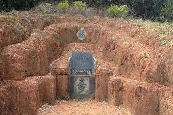 墓地朝哪个方向好