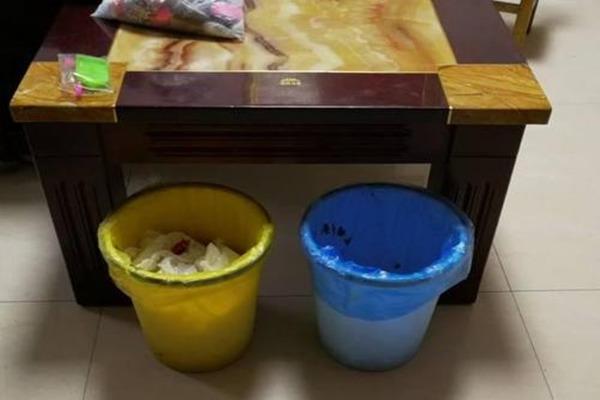 家里的哪些地方不能堆放垃圾